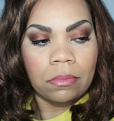 New Year's Eve Look Full Face Mirabella Makeup