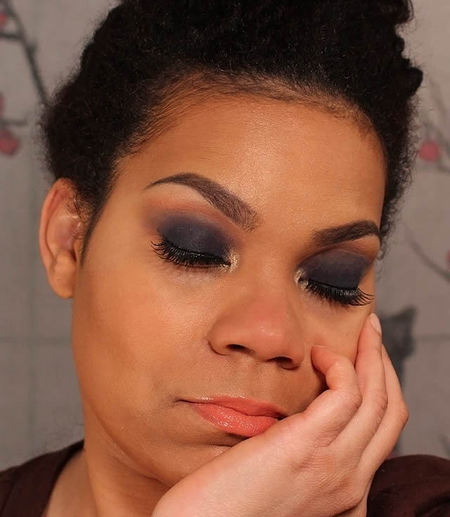 Smokey Eye Look Black Up cosmetics