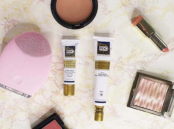 A review of the Roc Retinol Correction Eye Cream and RoC Retinol Correxion Deep Wrinkle Daily Moisturizer. Along with a look at the #RoCWrinkleRanking charts. See where your state is ranked. www.growitgirl.com
