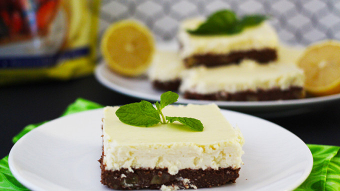 Lemon Brownie Cheesecake Bar