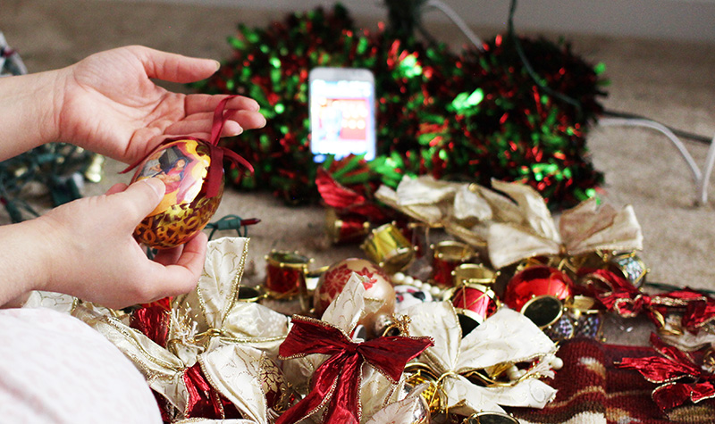 5 Easy Tips For A Stress Free Christmas Ornament Selection