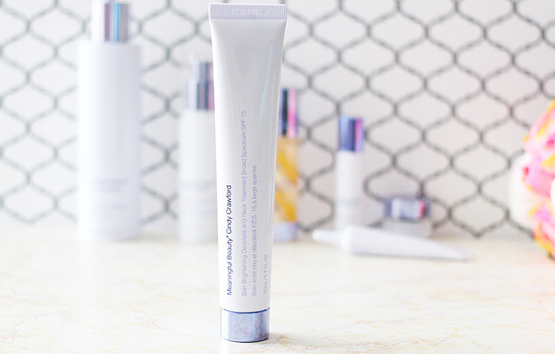 Meaningful Beauty Review Skin Brightening Décolleté & Neck Treatment with SPF 15